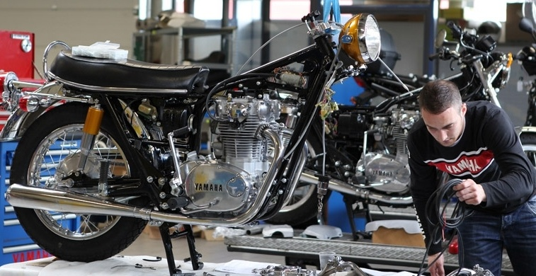 mécano moto ancienne
