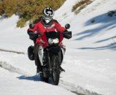 Conseils pour bien conduire sa moto en hiver